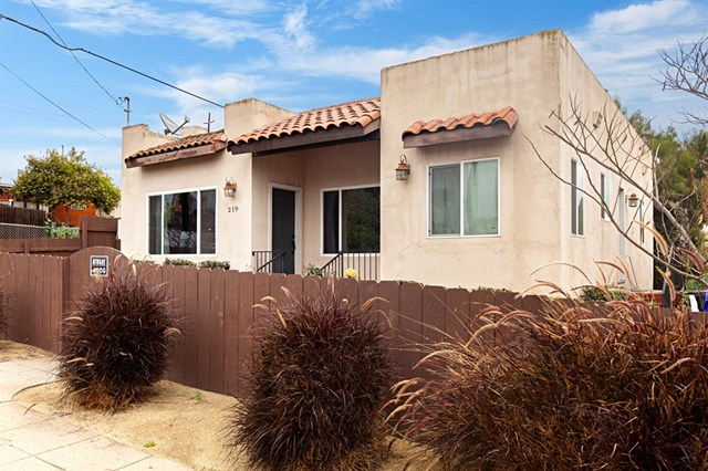 219 Evans St, San Diego home for sale